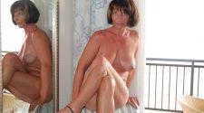 Mamuśka nago pozuje mega erotycznie. Goła starsza amatorka bez żadnej cenzury