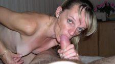 Mama obciąga kutasa na prywatnym sex foto. Napalona dojrzała amatorka robi laskę jak żadna inna